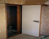 オリジナル防音木製パネルドア
