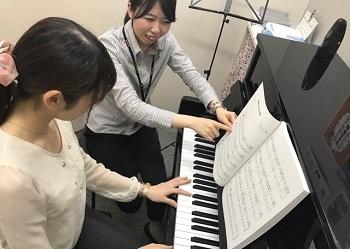 ピアノサロン レッスン写真 イオンモール高崎店田島
