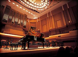 ヤマハCFX コンサートグランドピアノ