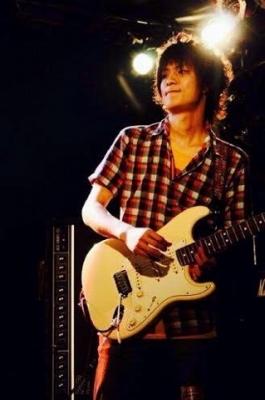 ギター講師 浅野真一