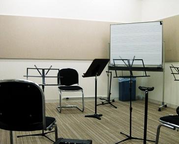 島村楽器 レッスン室