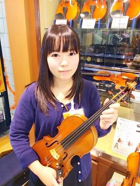 バイオリンインストラクター西城