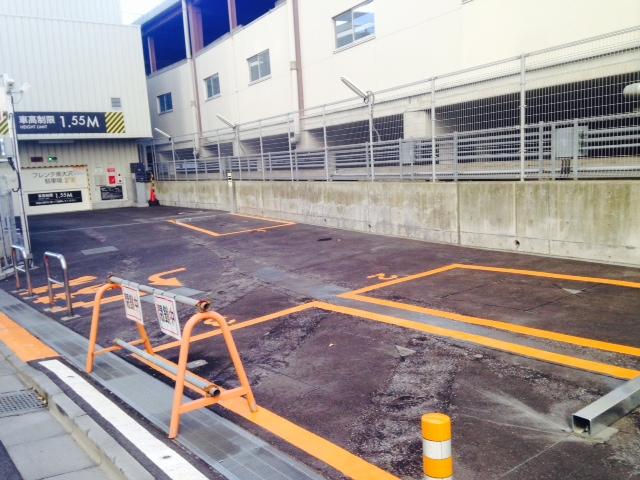 フレンテ南大沢平面駐車場