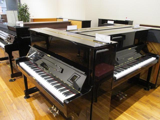 広島府中店ピアノコーナーアップライトピアノ