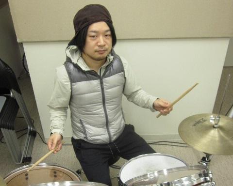 ドラム科講師:吉住雄一