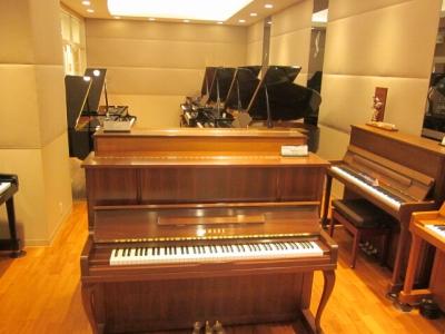 島村楽器ららぽーと甲子園店 ピアノルーム