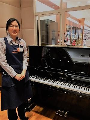 島村楽器ららぽーと甲子園店ピアノ担当