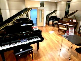 泉区 寺岡 アコースティックピアノ