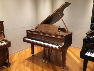 STEINWAY&SONS S155