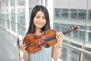 ヴァイオリン:井阪美恵