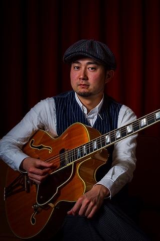 梅田 アコギスクール 上東先生
