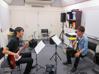 梅田 大阪 エレキベース教室