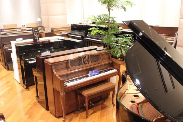 ピアノルーム写真