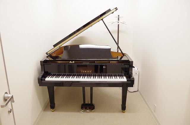 島村楽器S1防音レンタルルームグランドピアノ