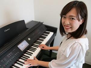 ピアノインストラクター浅沼ゆう