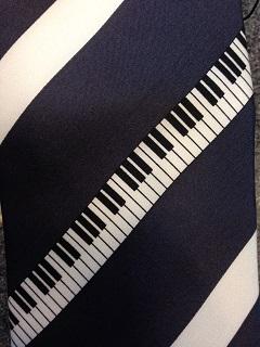 鍵盤 ピアノ ユーカリが丘 ネクタイ