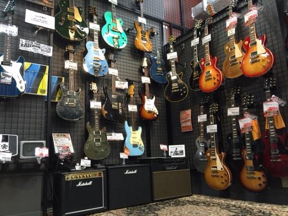 ギター売場