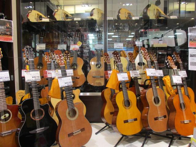 クラシックギター、マンドリンコーナー