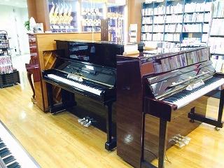 島村楽器イオンモール岡崎店ピアノコーナー3
