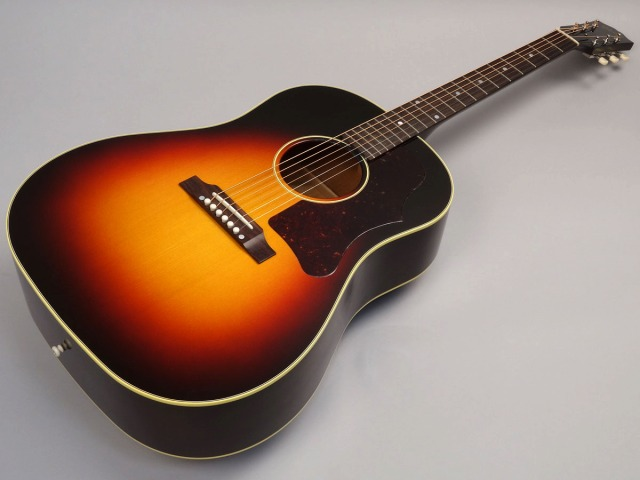 Gibson 1950's J-45 Red Spruce Triburstトップ画像