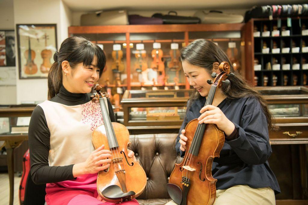 島田亜紀子さん(左)と前田 綾さん(右)