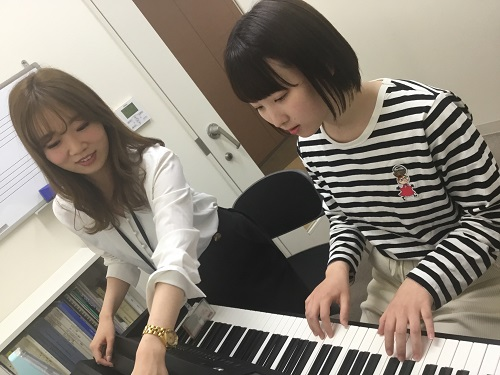 保育士ピアノ