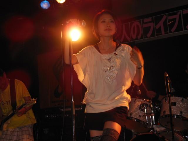 ボーカルのヒラナヨシコさん