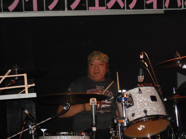 ドラム華山さん