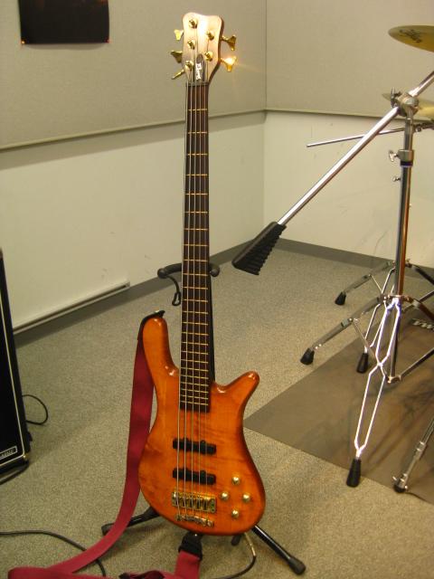 Warwick 5弦