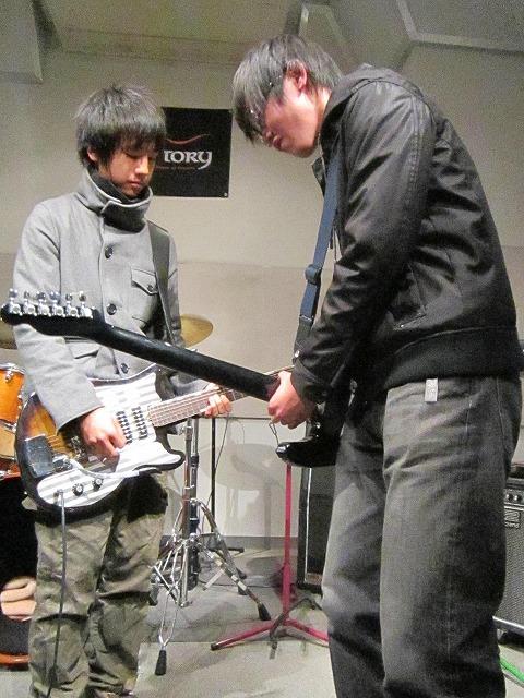 ギターの熱い競演!!