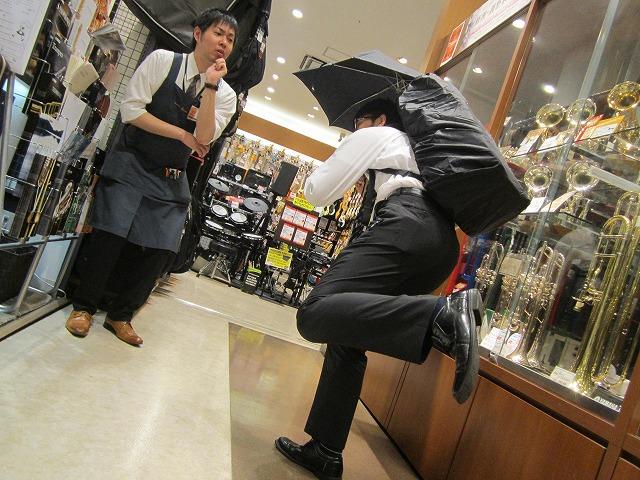 急がなくては!って松岡さんなぜここにっ!?