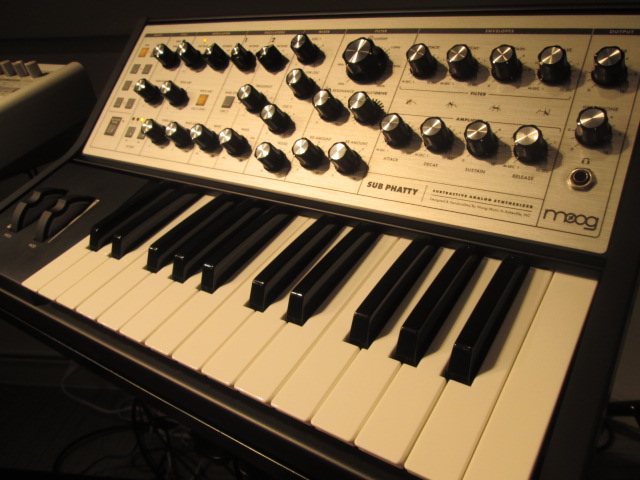 Moog SubPhatty