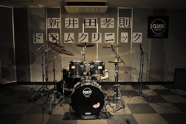 ドラムセッティング完了! 新井田さんはインドカレーを食べに・・・Photo by YUTAKA NARASAKI