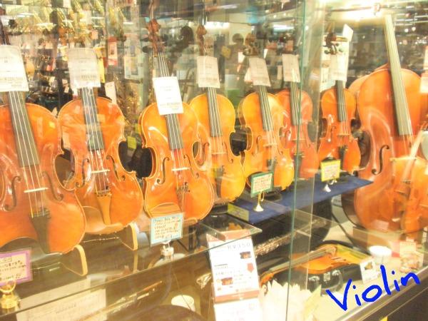 赤羽店バイオリンコーナー