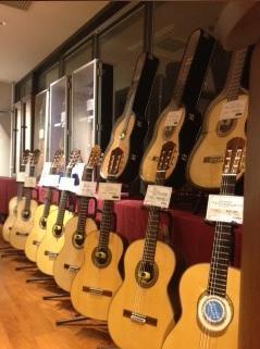 高価なギターたち