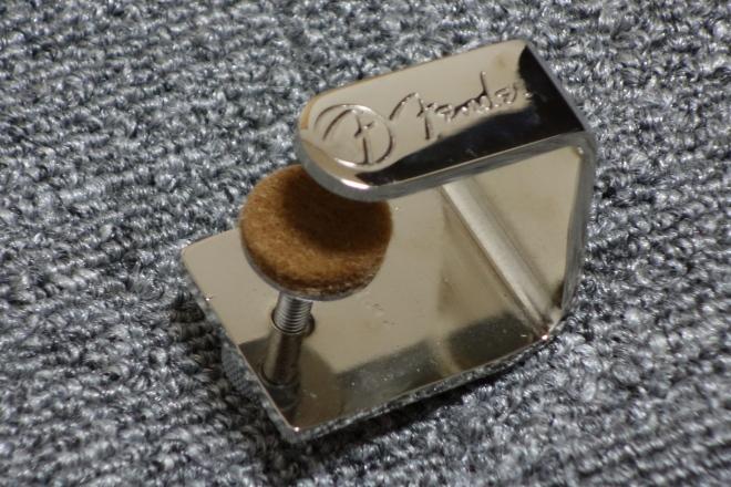 ファットフィンガー Fender