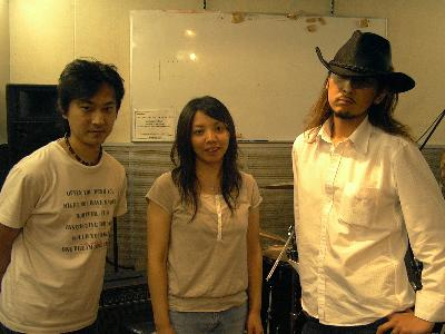 20060907-threebullets.jpg