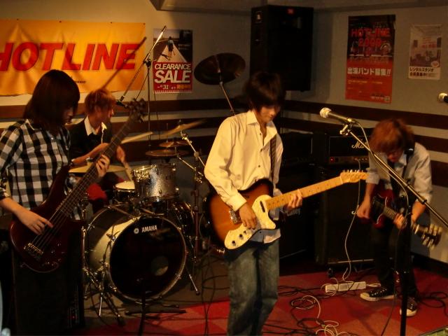 8月23(日) HOTLINE 川口グリーンシティ店ライブ 「NO-LIMIT.co」
