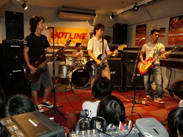 8月23(日) HOTLINE 川口グリーンシティ店ライブ 「ZASHHU」