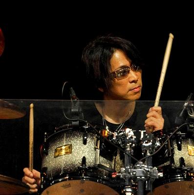 TOSHI NAGAI