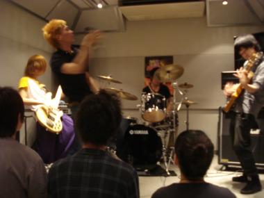 hunchさん 5/22のライブ映像
