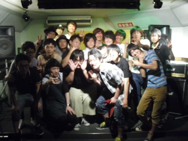 参加バンドの集合写真