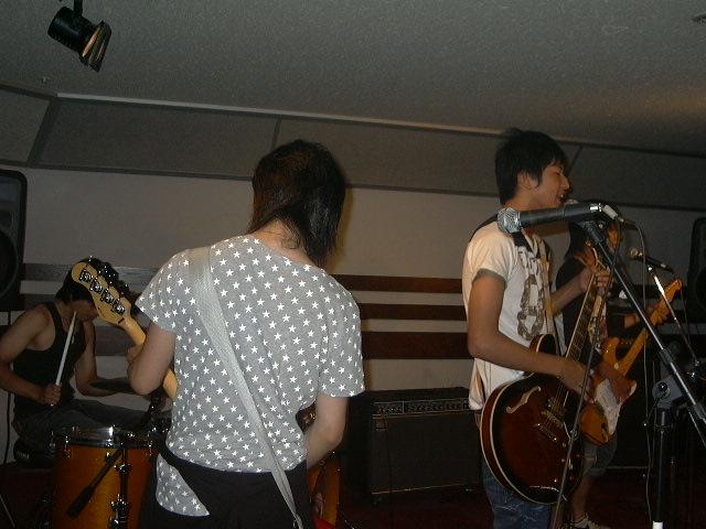 20080722-HOTLINE2008ABOKADO.JPG