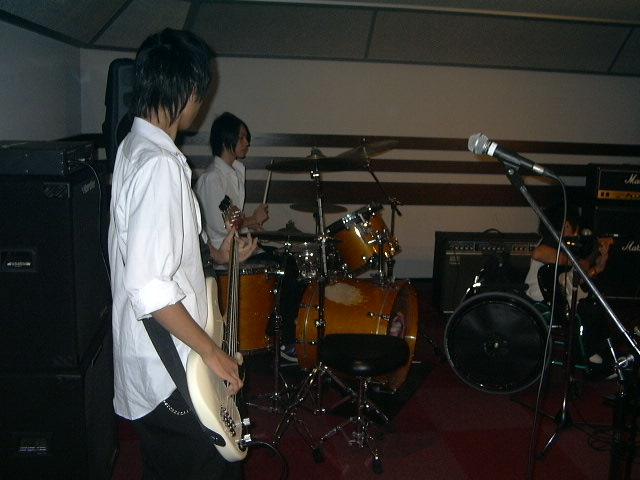 20080722-HOTLINE2008different.JPG