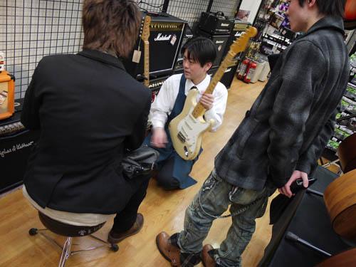 Fender検討中