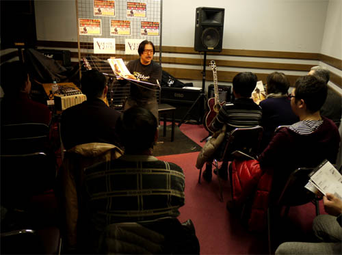 寺崎誠さんによるトークショー