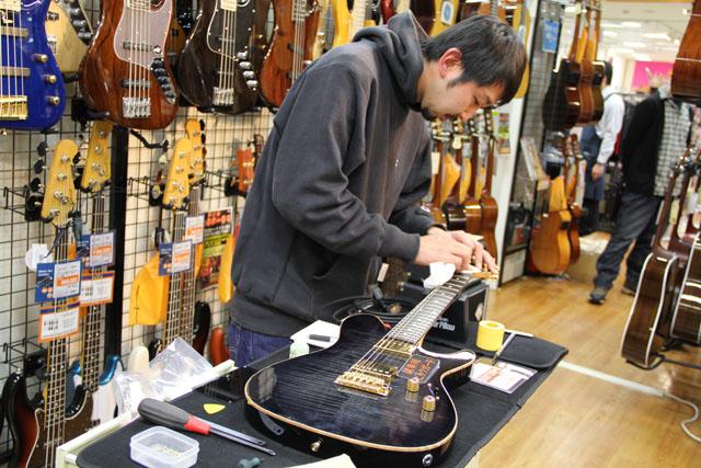 Sugi Guitarsブース