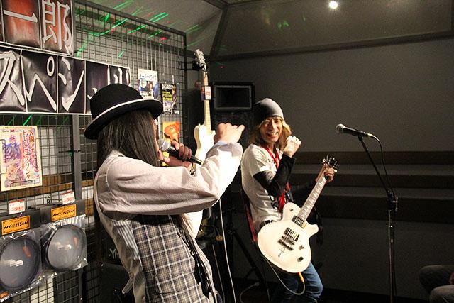 小林さん RADIO MAGIC熱唱!