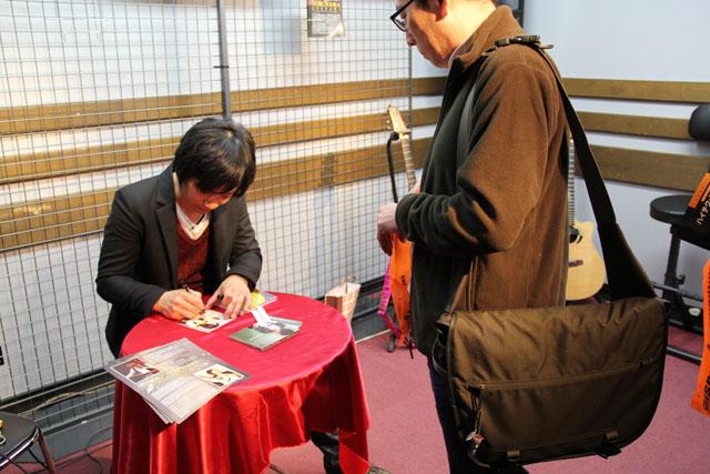 松井さんライブ後のサイン会