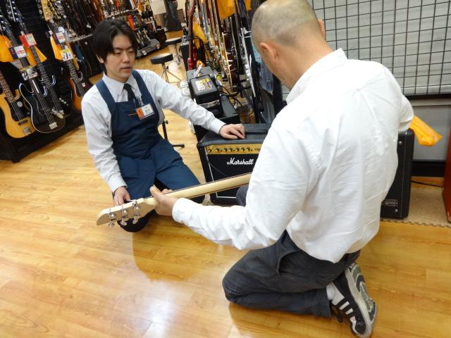 dragonfly初体験のギター担当吉川